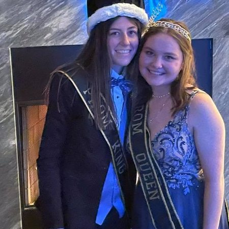 Lesbian prom king and queen reign in an Ohio high school